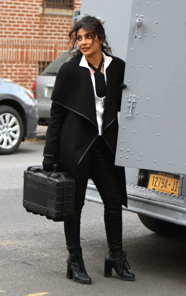 Check out Priyanka Chopra beats the cold weather on the sets of Quantico in NYC (1)