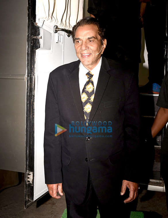 Dharmendra and Neil Nitin Mukesh snapped on the sets of The Drama Company