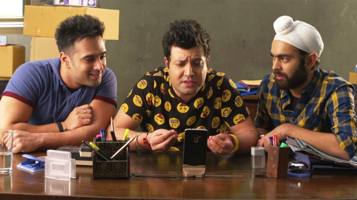 Fukrey Returns First Day First Show Public Opinion video