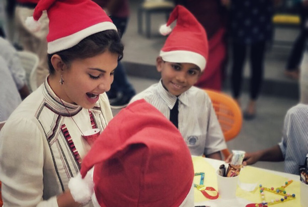 Here's how Jacqueline Fernandez celebrates Christmas with these underprivileged kids (2)