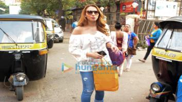 Iulia Vantur snapepd in Versova