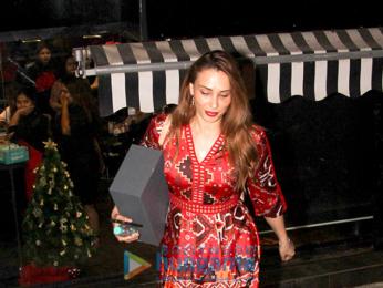 Iulia Vantur snapped at salon