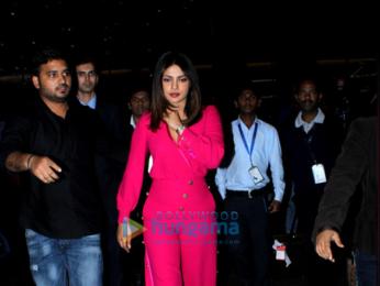 Priyanka Chopra and Alia Bhatt at the airport at night