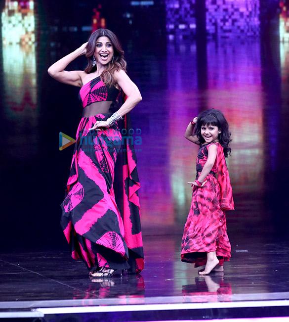 Salman Khan and Katrina Kaif on the sets of 'Super Dancer
