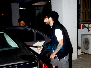 Shahid Kapoor spotted at Maddock office in Bandra