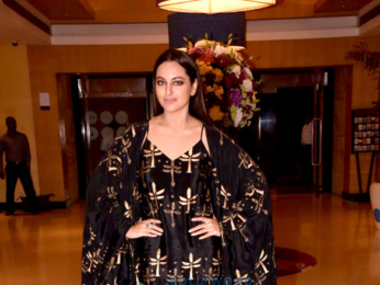 Sonakshi Sinha and Sarah Jane Dias attend WIFT event-1