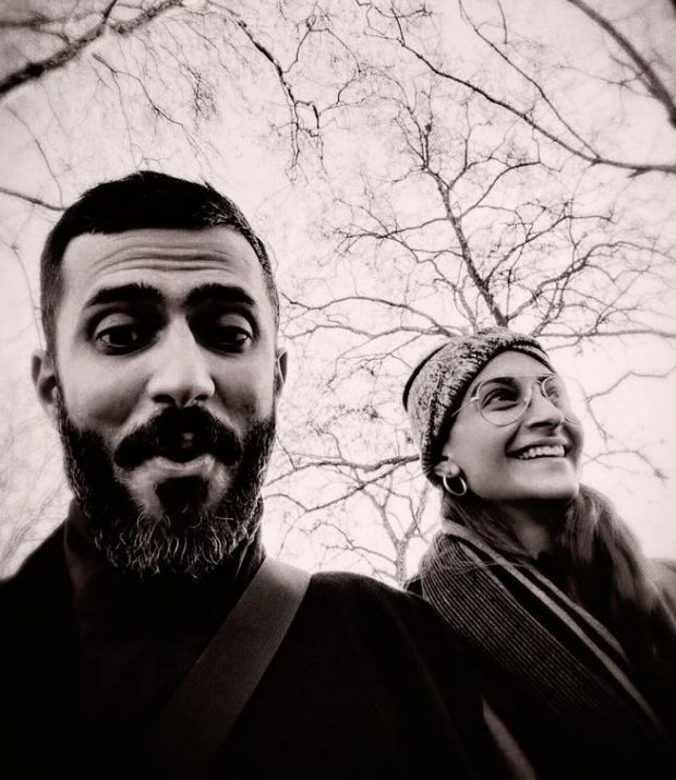 Sonam Kapoor and Anand Ahuja enjoy the chilly weather of London this Christmas