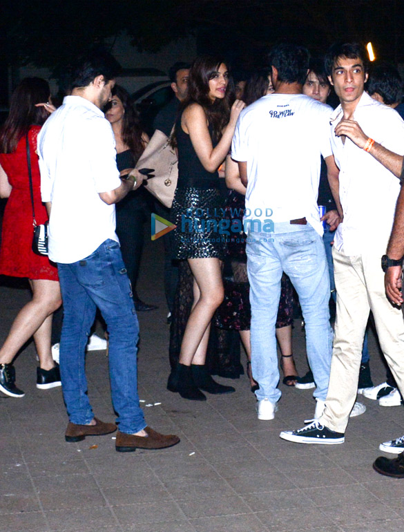 Sushant Singh Rajput, and Kriti Sanon snapped at Nupur Sanon's birthday bash