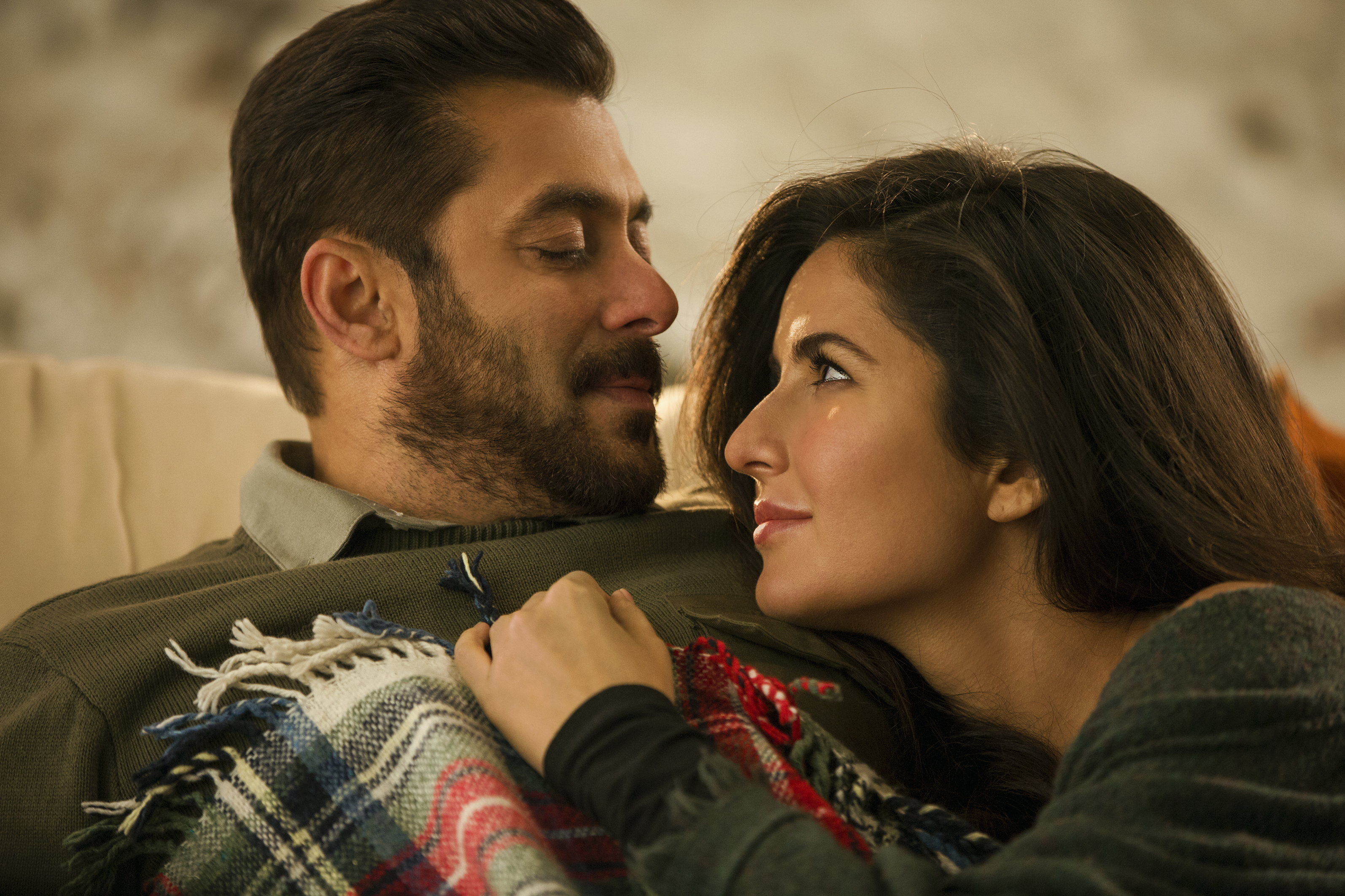 Dil Diyan Gallan Tiger Zinda Hai Video Trailer Bollywood Hungama