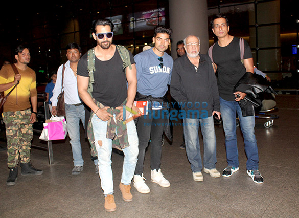 Team of 'Paltan' snapped at the airport