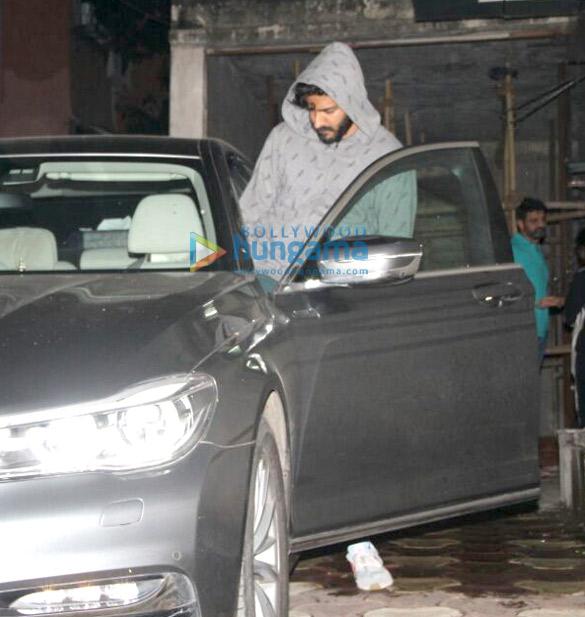 Varun Dhawan and Harshvardhan Kapoor snapped at a clinic in Bandra