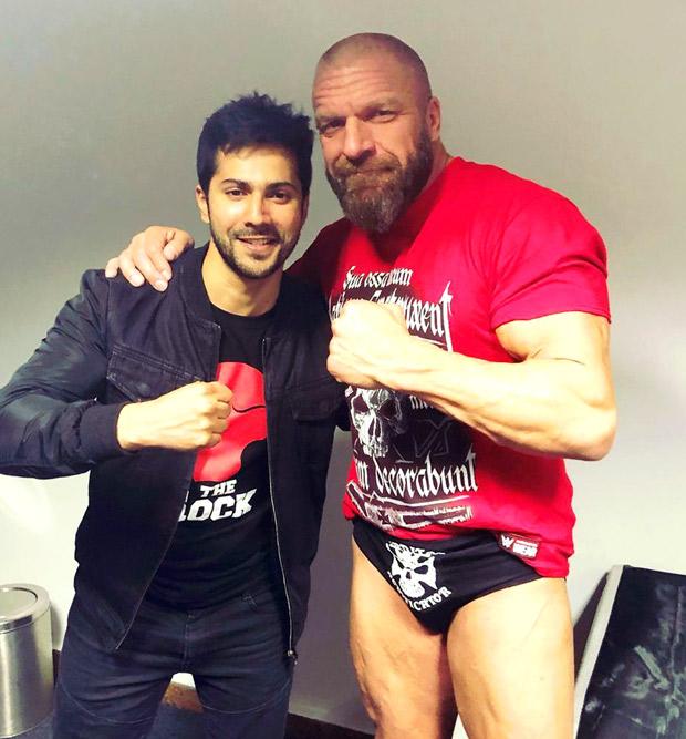 WATCH-Varun-Dhawan-meets-WWE-superstars-Jindar-Mahar,-Sasha-Banks-and-Triple-H-in-New-Delhi-(3)