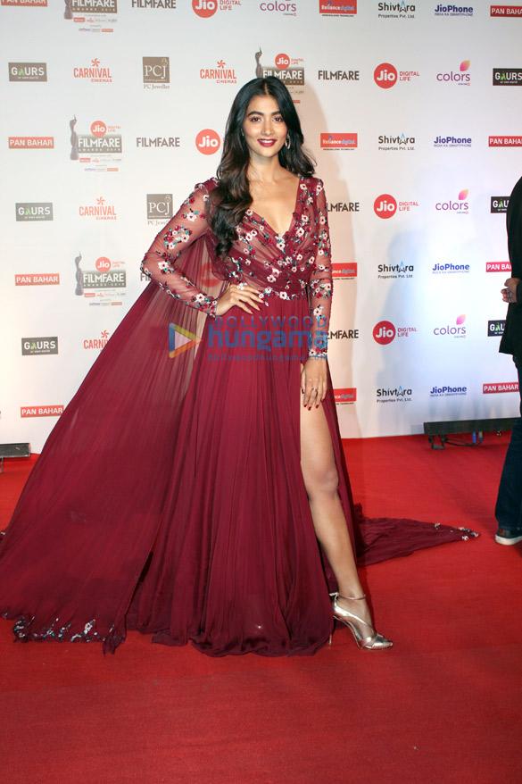 Celebs attend the 63rd Jio Filmfare Awards (3)