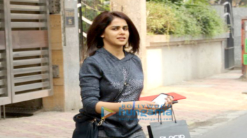 Genelia Dsouza spotted after salon session