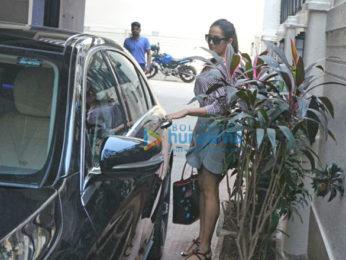 Mira Rajput snapped at a salon