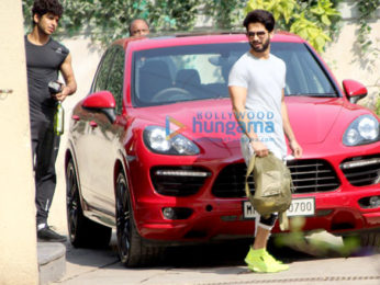 Shahid Kapoor and Ishaan Khatter snapped at the gym