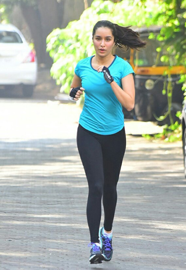 Shraddha Kapoor takes a jog on the streets of Mumbai