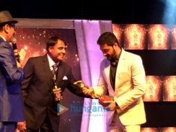 Shreyas Talpade wins the Best Debut Director Award for 'Poster Boys' at Kalakar Awards in Kolkata