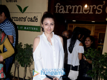 Soha Ali Khan spotted at Farmers Cafe
