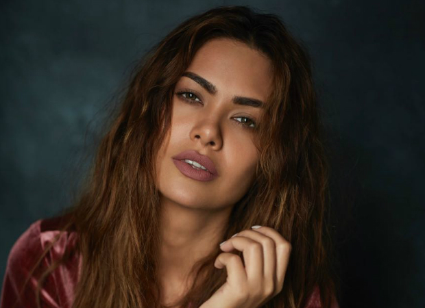 Esha Gupta to turn blogger; will talk about dealing with online trolls