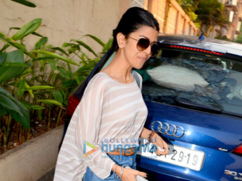 Nimrat Kaur spotted after salon session in Bandra