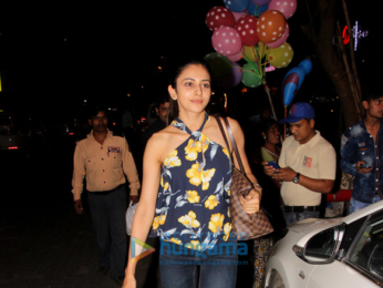 Rakul Preet spotted at The Kitchen Garden in Bandra