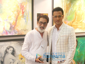 Rohit Roy graces the India Art Festival 2018
