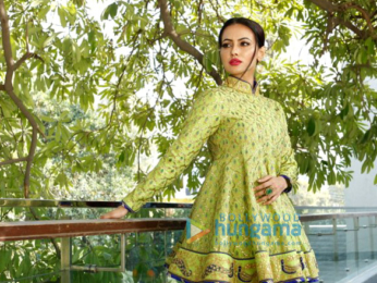 Sana Khan snapped doing a shoot for designer Reynu Tandon