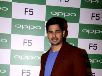 Sidharth Malhotra graces the launch of the Oppo F5 phone