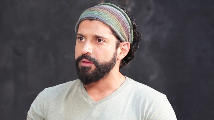 Farhan Akhtar BASHES Indian Media For Over-Sensationalizing News