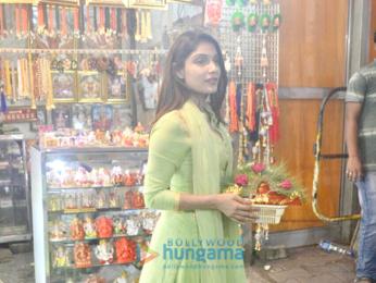 Ishita Raj Sharma visits Siddhivinayak temple after Sonu Ke Titu Ki Sweety's success