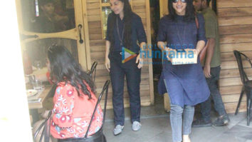 Konkona Sen Sharma snapped at Farmer's Cafe