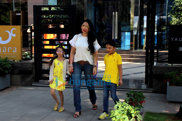 Madhuri Dixit, Manyata Dutt with family spotted at Yauatcha, BKC