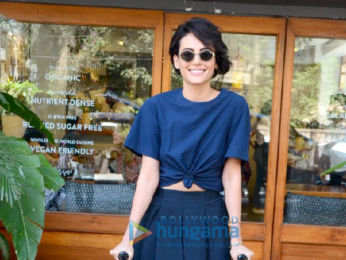 Mandana Karimi snapped at Sequel Cafe in Bandra