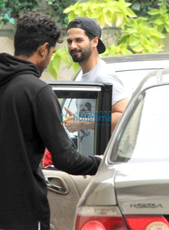 Shahid Kapoor and Mandana Karimi spotted at gym in Bandra