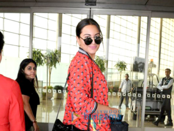 Sonakshi Sinha snapped at the airport
