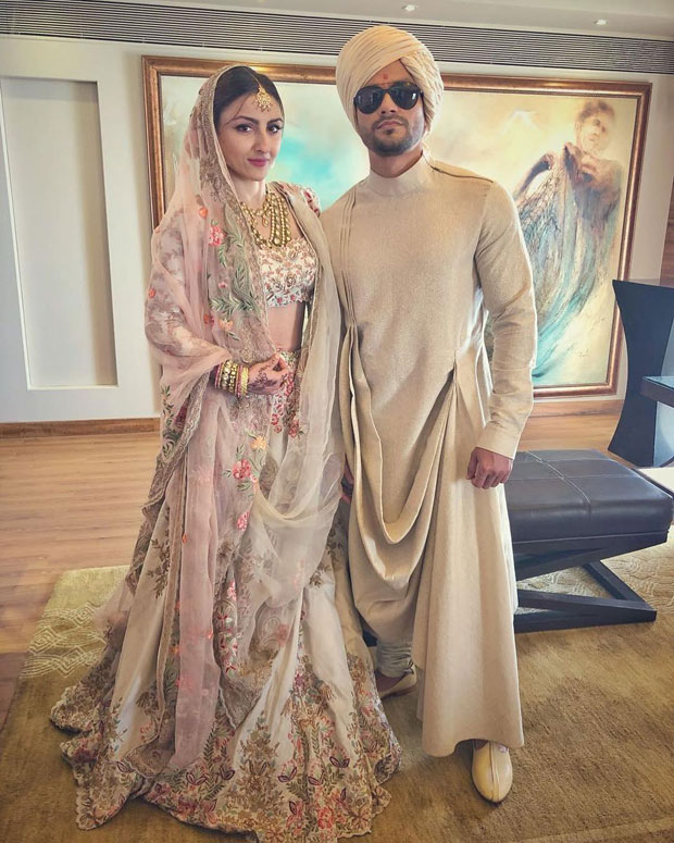 Understated yet royal, this pic of Soha Ali Khan and Kunal Kemmu will make you believe in fairy tales