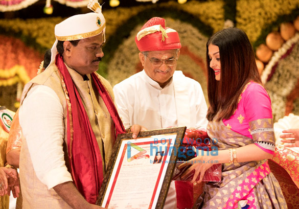 Aishwarya Rai Bachchan honoured with the Woman of Substance title by the Bunts' Community