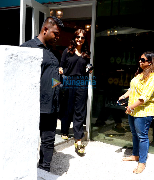 Anushka Sharma spotted at BBlunt in Bandra