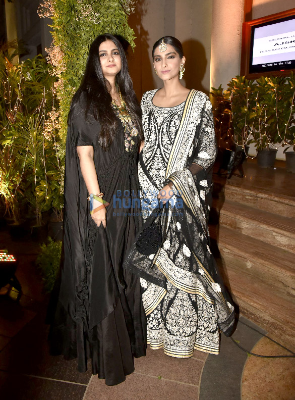 Bollywood Celebs Attend Saudamini Mattus Wedding Reception 19