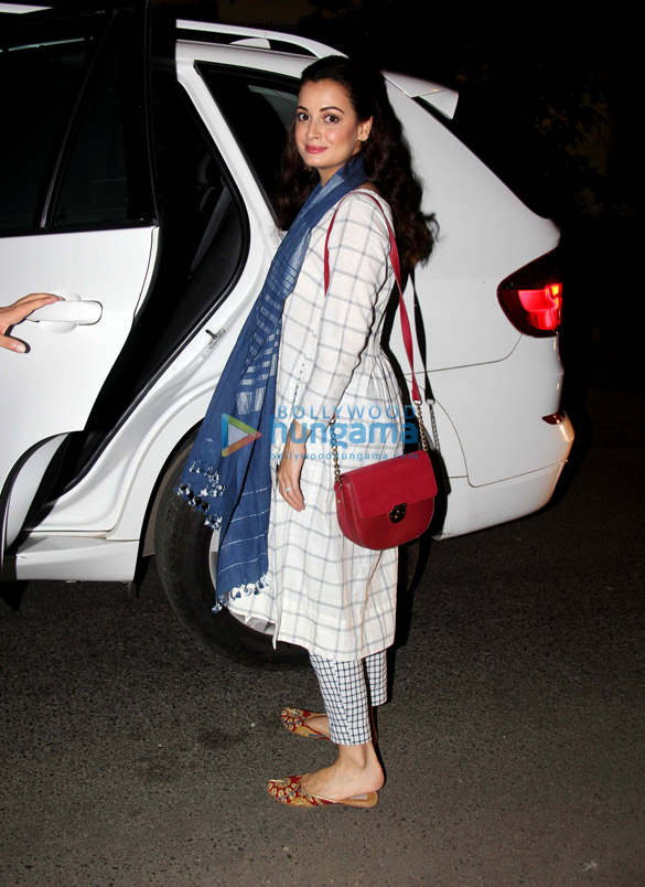 Dia Mirza snapped with her husnaband in Bandra
