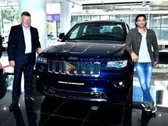 Farhan Akhtar promotes Jeep