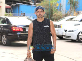 Gurmeet Choudhary snapped at the gym
