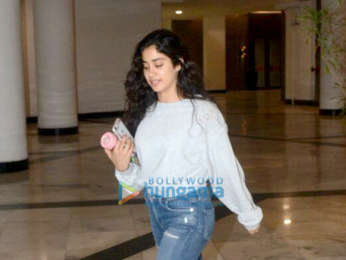 Janhvi Kapoor spotted at Manish Malhotra's house in Bandra