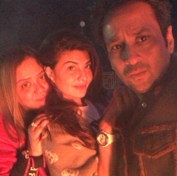 RACE 3: Salman Khan meets Mehboob Muftil; begins begin Kashmir shoot with Jacqueline Fernandez with a drive