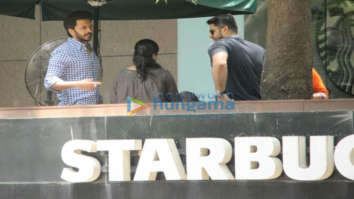 Ritesh Deshmukh and Aftab Shivdasini spotted at Starbucks in Khar