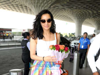 Salman Khan, Ramesh S Taurani, Jacqueline Fernandez snapped leaving for Da Bangg The Tour in Delhi