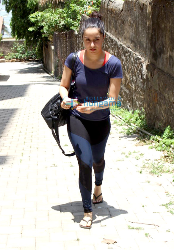 Shraddha Kapoor spotted at Yoga Cafe in bandra