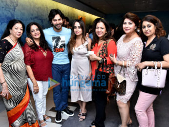 Varun Dhawan, Banita Sandhu and others grace the special screening of 'October'