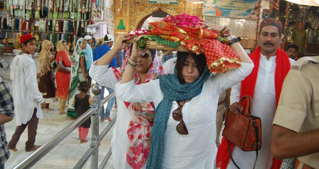 Ekta Kapoor recently visited Ajmer Sharif to seek blessings for Veere Di Wedding